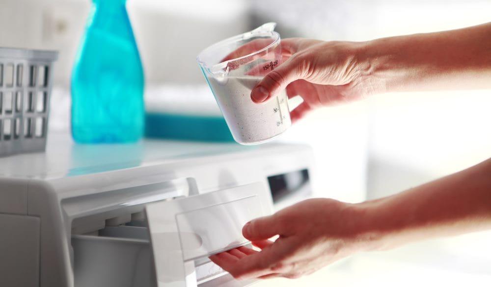 Waschmitteldosierung beim Hemden Waschen